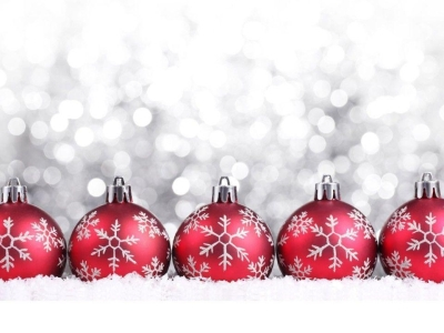 Red Christmas Ornaments Wallpaper